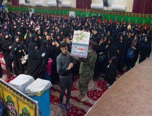 دومین شب عزاداری ایام فاطمیه در کنار پیکر شهدای گمنام در حسینیه عاشقان ثارالله بوشهر