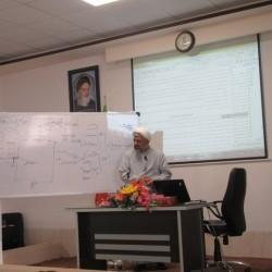 یزد دوره آموزشی کارگاهی «پژوهشگری در نگاه مرکز پژوهشگری»