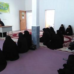 کردستان-نشست علمی :حجاب و پوشش بانوان رفتاری فعالانه است یا منفعلانه؟
