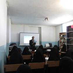 مدارس-کارگاه مهارت افزایی طلاب با محوریت غنا بخشی محتوایی تحقیقات پایانی در مدرسه علمیه امام حسین علیه السلام قصرشیرین