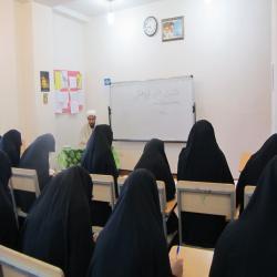 کرمان برگزاری نشست پژوهشی مدرسه علمیه فاطمه الزهرا(س)بم